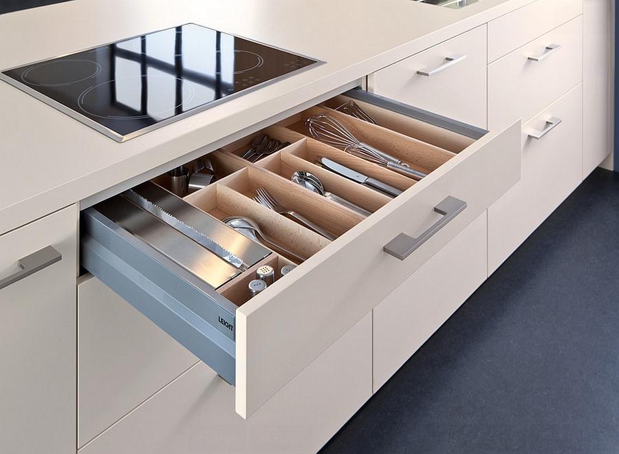 Выдвижной ящик для хранения столовых приборов