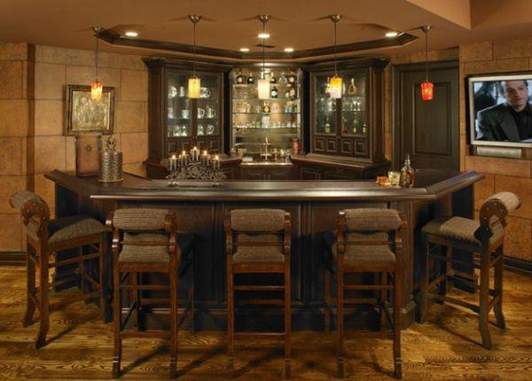 Нестандартный и маленький бар для небольших помещений