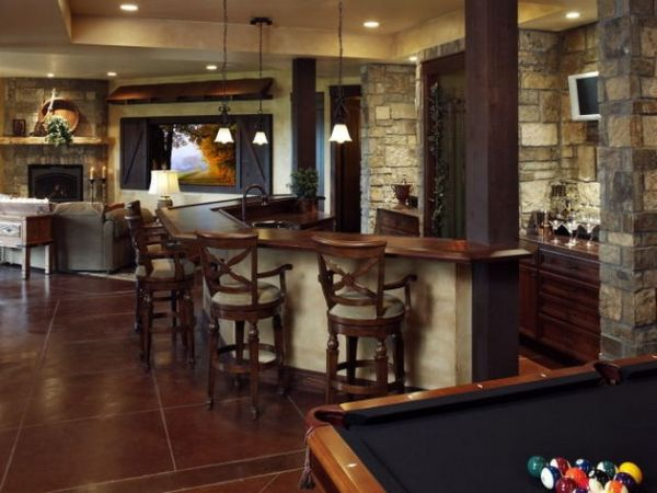 Небольшой бар дома