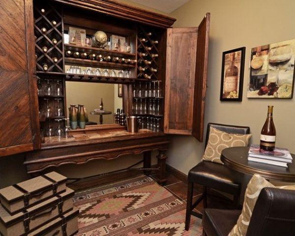 Домашний бар в шкафу
