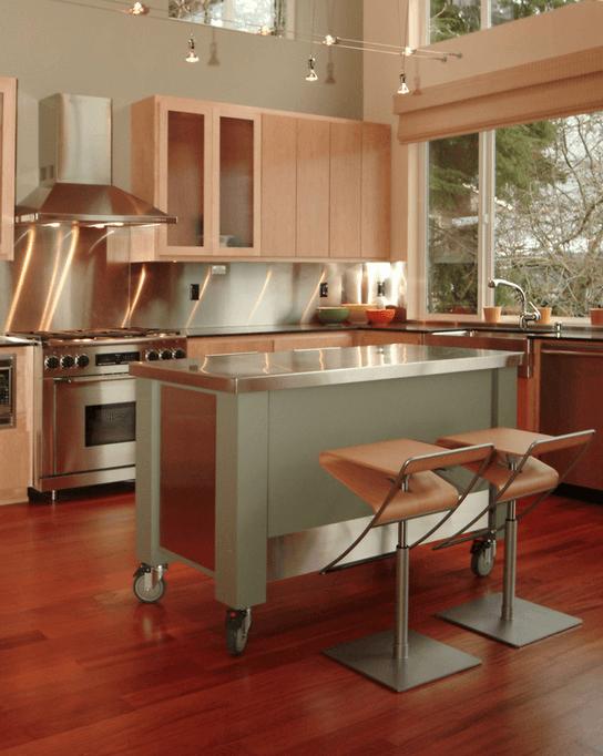 Кухонный остров на колесах