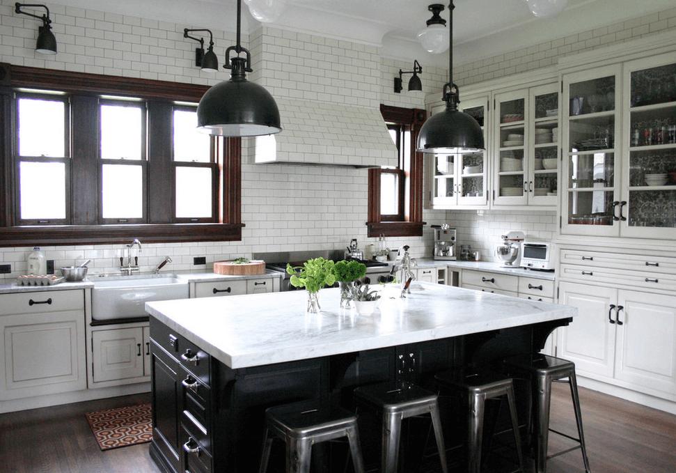 Черно-белое оформление острова на кухне