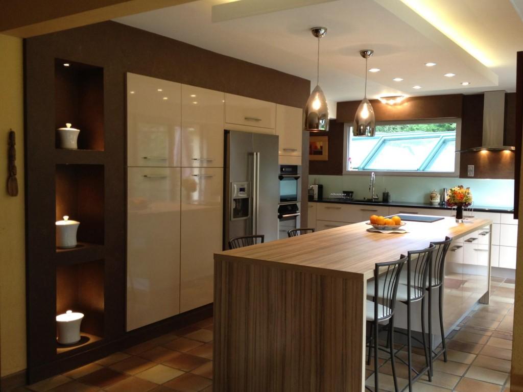 Дизайн кухни зелёного цвета фото