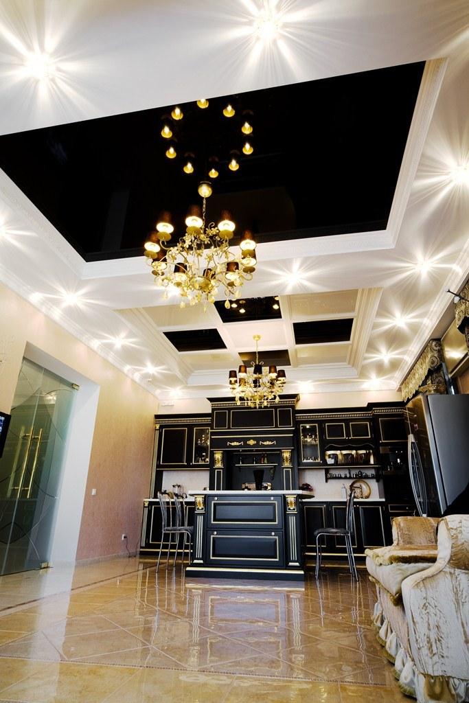 Дизайн кухни в черном цвете: элегантность и стиль