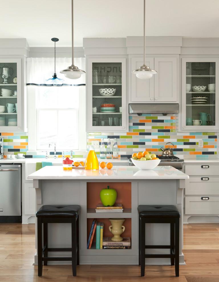 Оригинальный дизайн интерьера проходной кухни от Bret Franks Construction