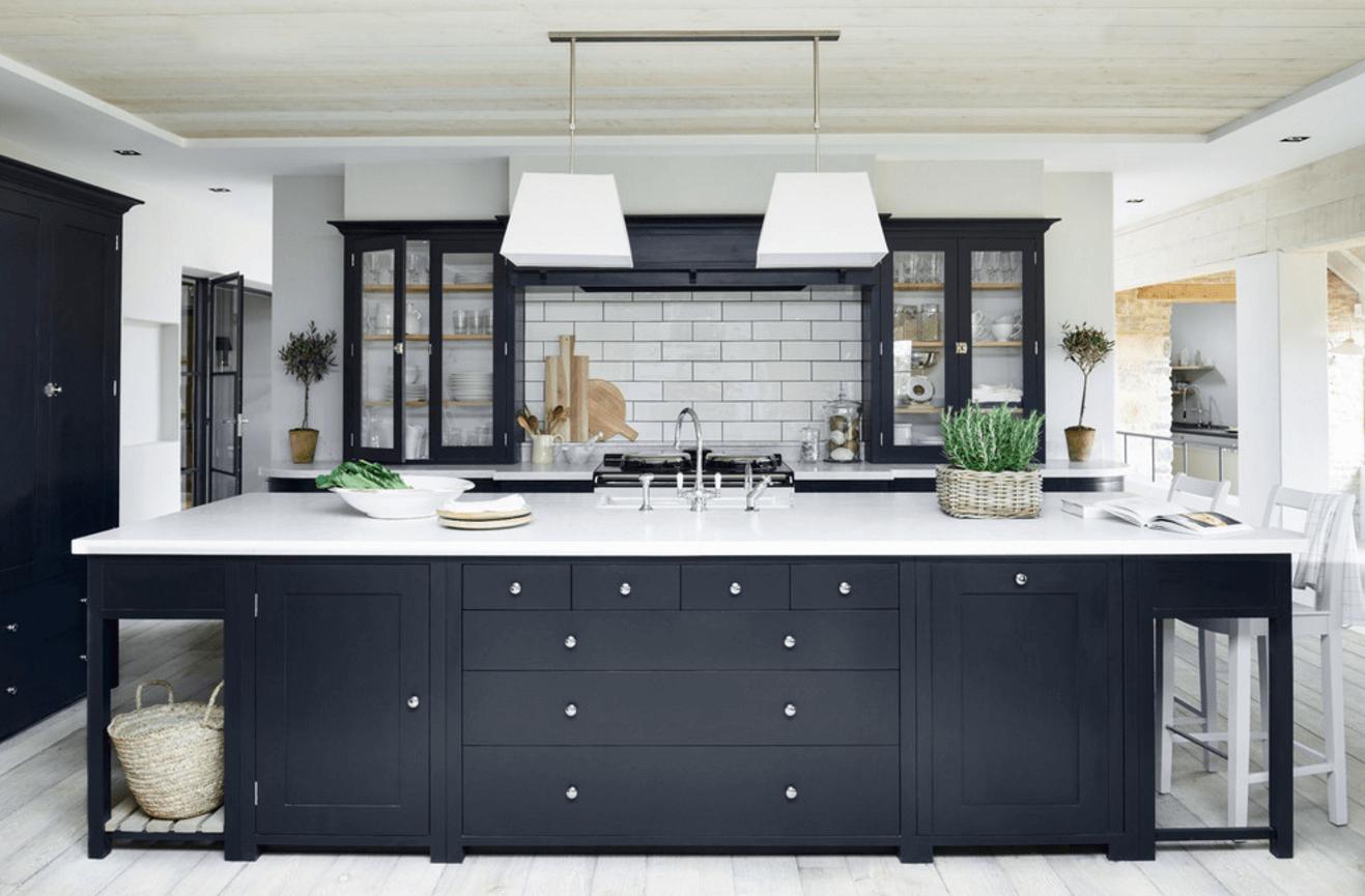 Чёрный цвет в дизайне кухни - фото 1