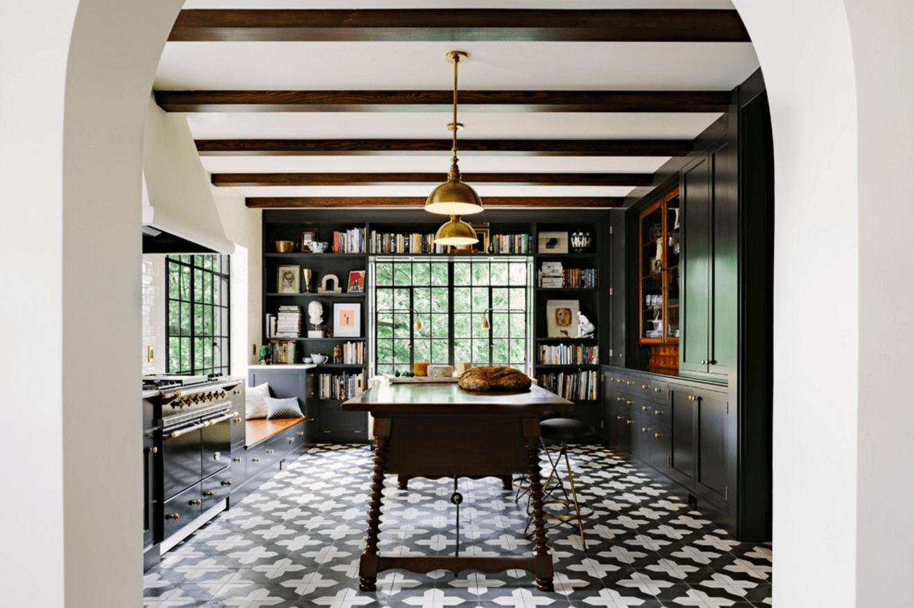 Чёрный цвет в дизайне кухни - фото 6