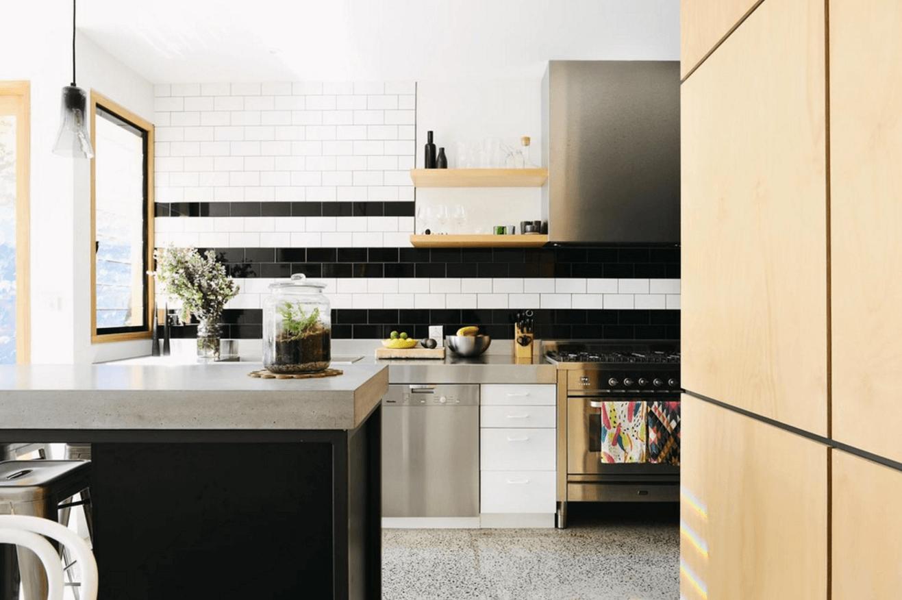 Чёрный цвет в дизайне кухни - фото 21