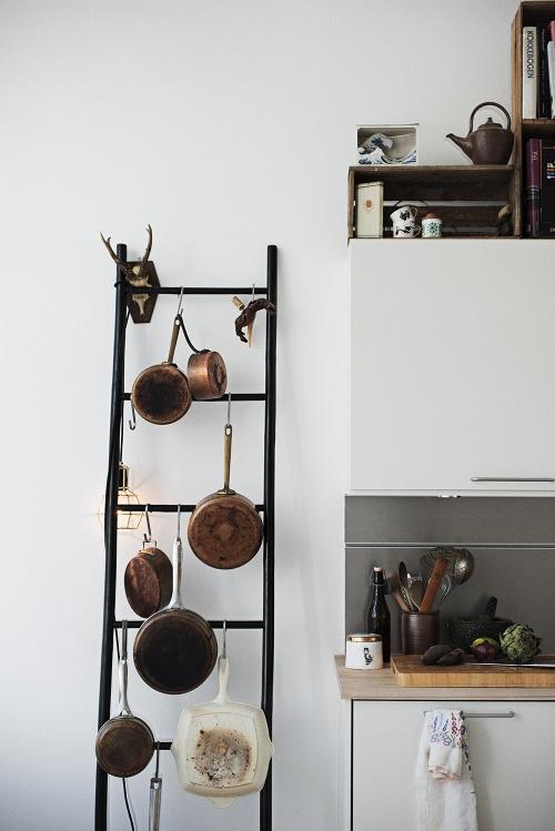 Чёрно-белая кухня в интерьере: умение преподнести красоту повседневности
