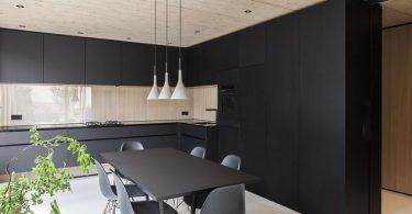 Чёрный цвет в интерьере современной кухни