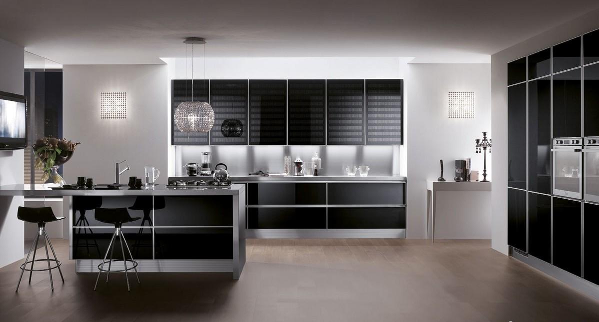 Из подборки фото черных кухонь:  насыщенный оттенок в интерьере