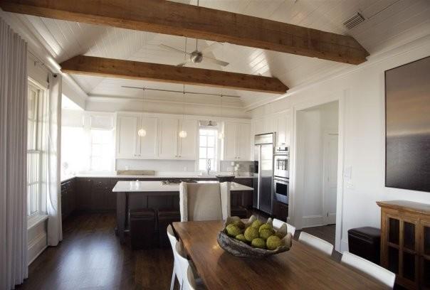 Оригинальный дизайн интерьера кухни в классическом стиле от Tracery Interiors