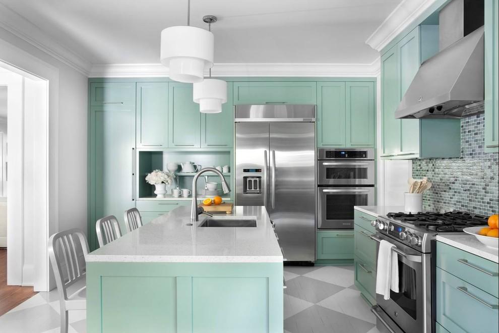 Ретро-дизайн интерьера кухни в светло-зелёных оттенках от Niki Papadopoulos
