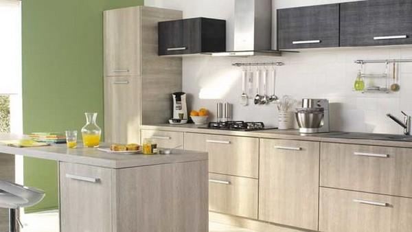 Серый мебельный гарнитур из натурального дерева