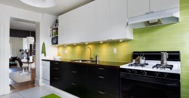 Оригинальный дизайн интерьера кухни в белой гамме с зелёными акцентами