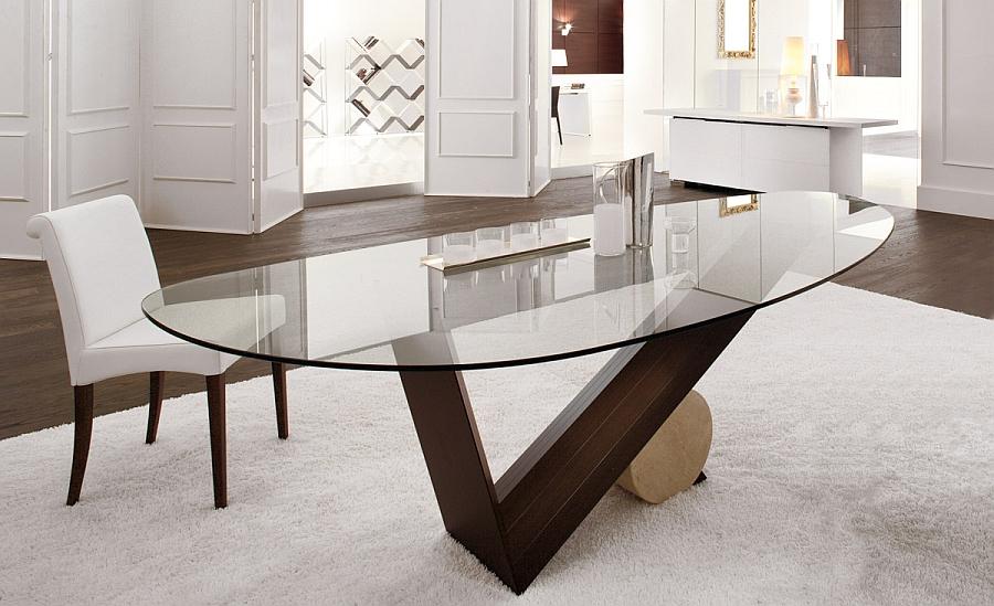 Обеденный стол с прозрачной столешницей