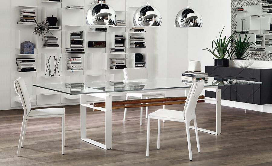 Обеденный стол с прозрачной прямоугольной столешницей