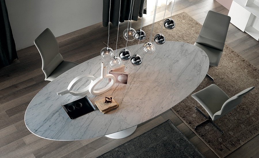 Обеденный стол с овальной столешницей