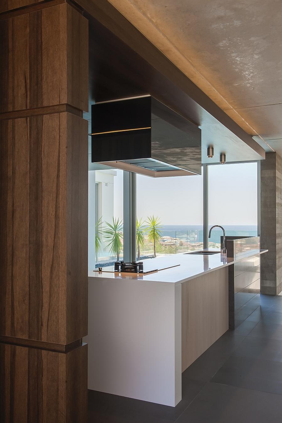 Элегантный дизайн интерьера кухни от студии Minosa