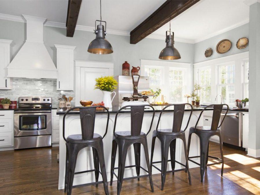 Деревенский стиль в интерьере кухни - необычный вариант. Фото 1