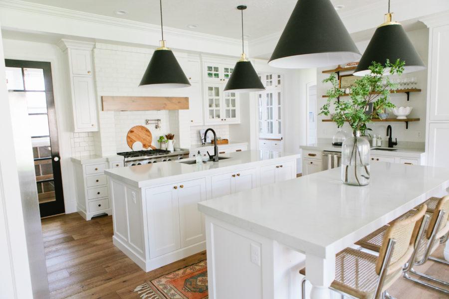 Деревенский стиль в интерьере кухни - необычный вариант. Фото 2