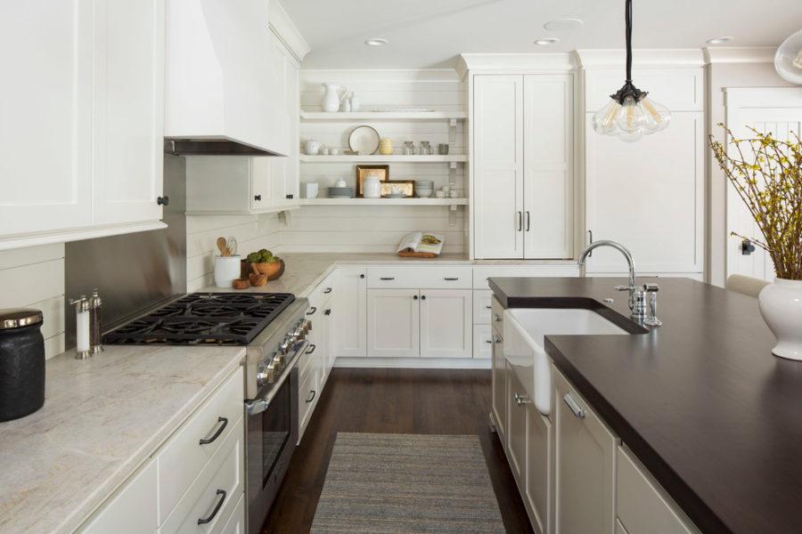 Деревенский стиль в интерьере кухни - необычный вариант. Фото 7