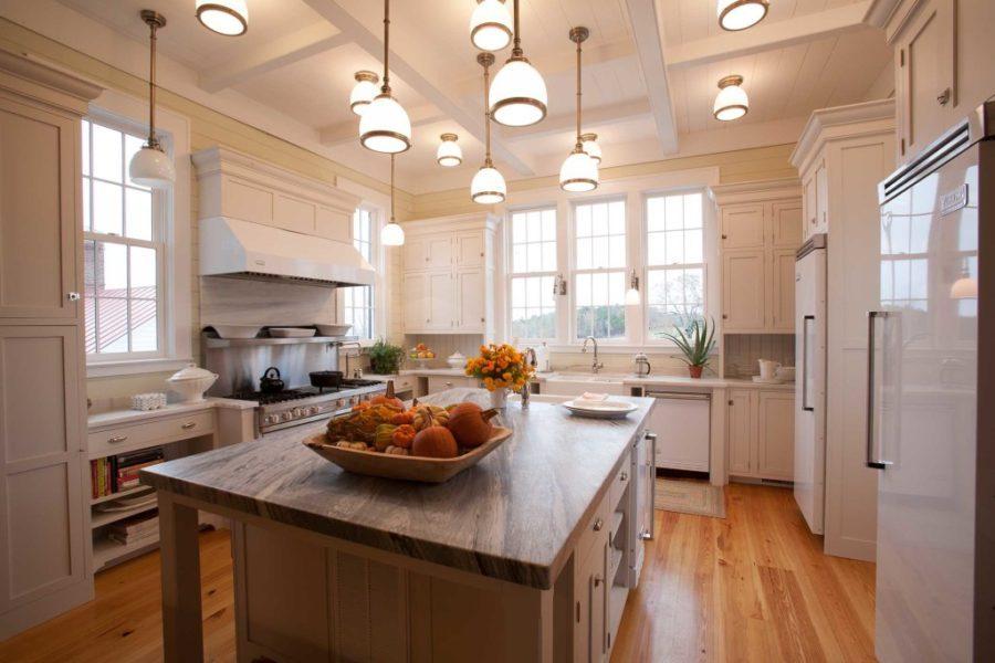 Деревенский стиль в интерьере кухни - необычный вариант. Фото 10
