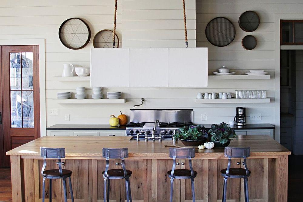 Дерево в интерьере кухни в морской тематике - фото 1