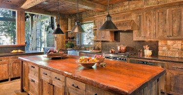 Дерево в интерьере кухни современного дома