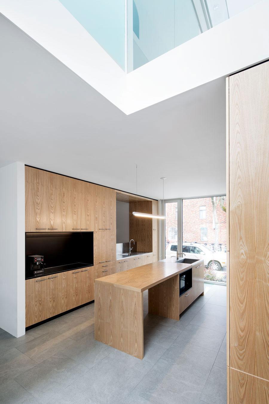 Деревянный кухонный гарнитур - Фото 31