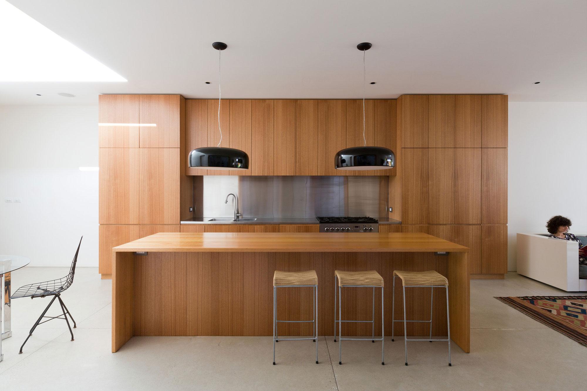 Деревянный кухонный гарнитур - Фото 41
