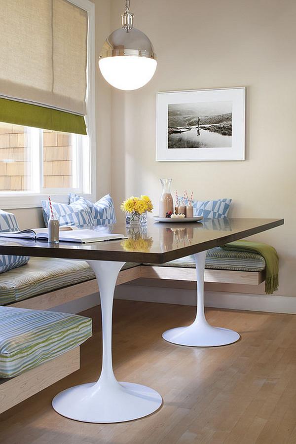 Деревянный обеденный стол на двух пластиковых ножках