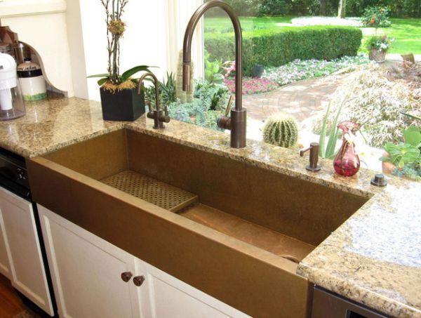 Кухонная раковина и смеситель из меди