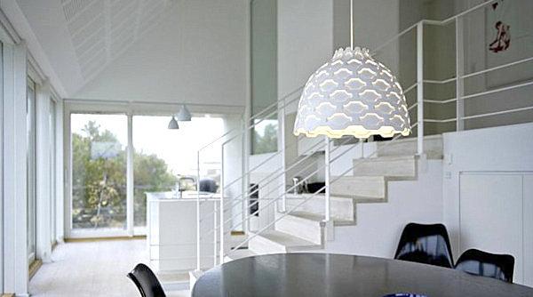 Ячеистый светильник Louise Campbell от Scandinavia Design в столовой
