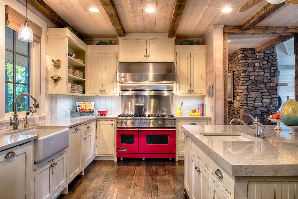 Дизайн кухни в деревенском стиле от RemWhirl