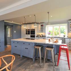 Дизайнерские идеи для кухни от Dovetail Workers in Wood, Великобритания