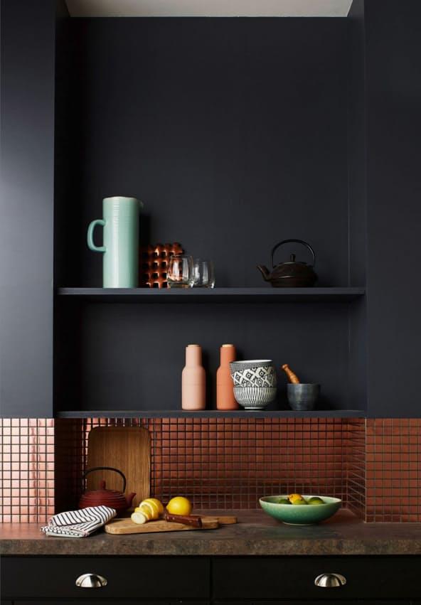 Дизайн кухни с медью: уникальная мини-плитка
