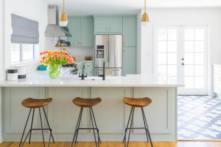 Дизайн кухни с полуостровом в вашем доме