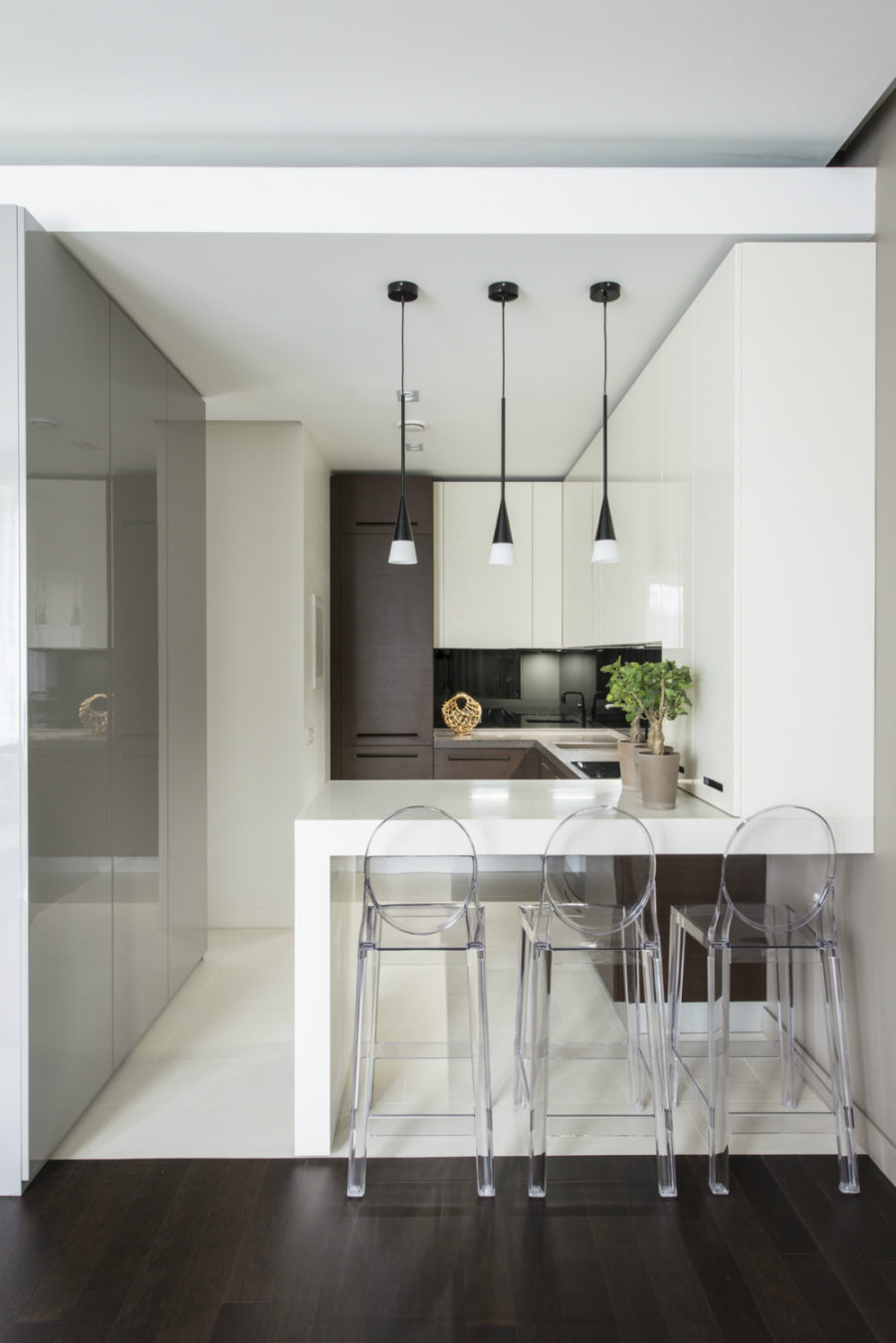 Дизайн кухни с полуостровом. Фото 6