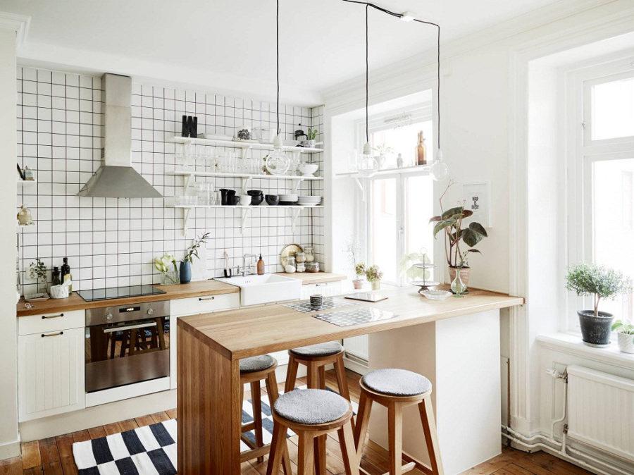 Дизайн кухни с полуостровом - вариант, напоминающий барную стойку