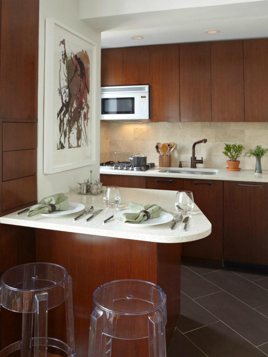 Дизайн кухни с полуостровом. Фото 13