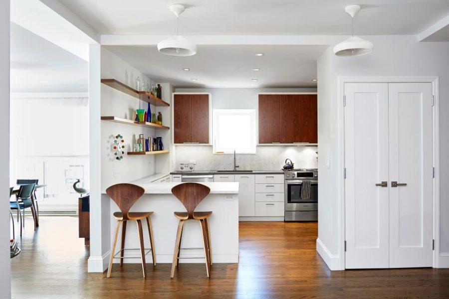 Дизайн кухни с полуостровом. Фото 16