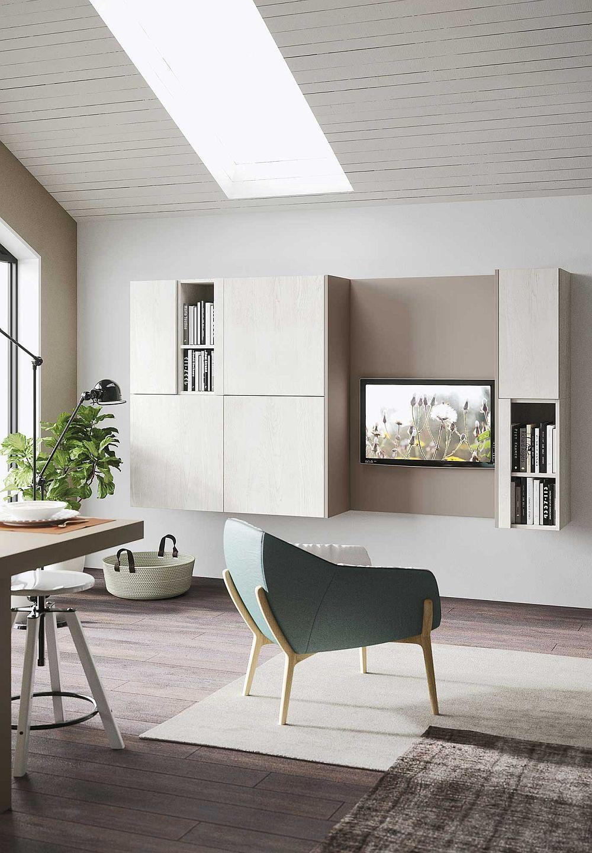 Оригинальное мягкое кресло в дизайне кухни в светлых тонах
