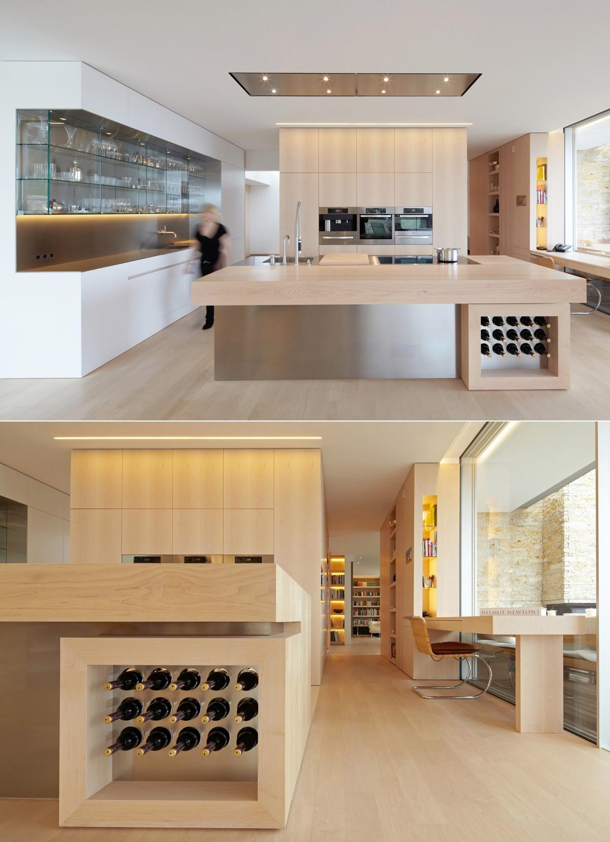 Светлый деревянный гарнитур в дизайне мужской кухни