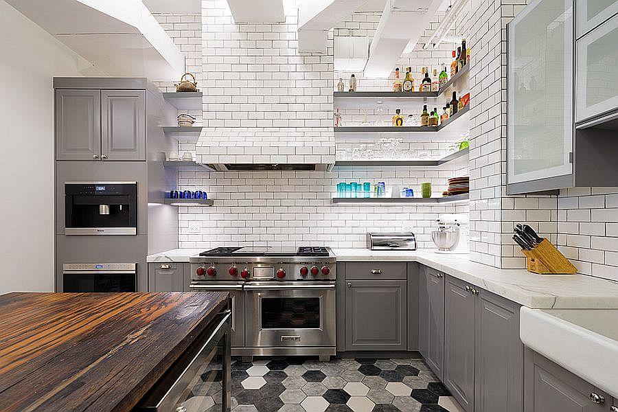 Cовременный дизайн серо-белой кухни, где доминирует белый цвет - фото 3