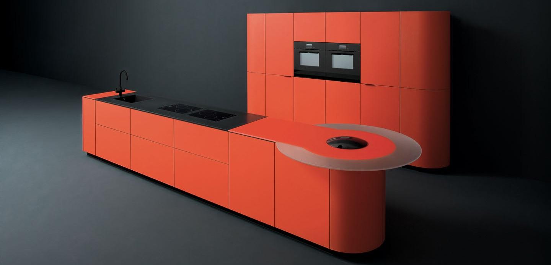 Дизайн ярко-красного гарнитура от GeD CUCINE с оригинальной светящейся полкой - Фото 3