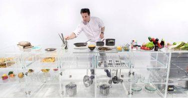 Дизайн стеклянной кухни в современном стиле