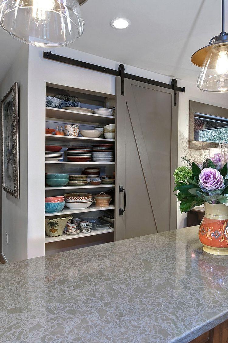 Деревянные раздвижные двери для кладовки на кухне - Фото 6