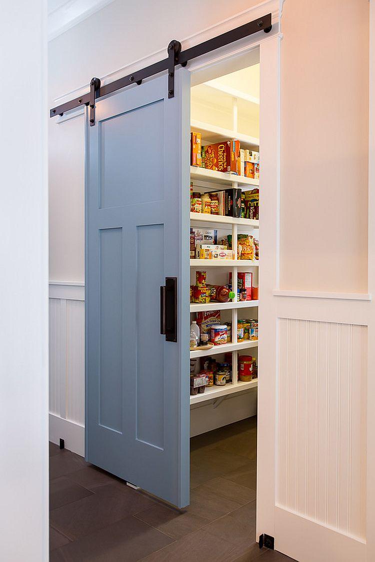 Деревянные раздвижные двери для кладовки на кухне - Фото 3