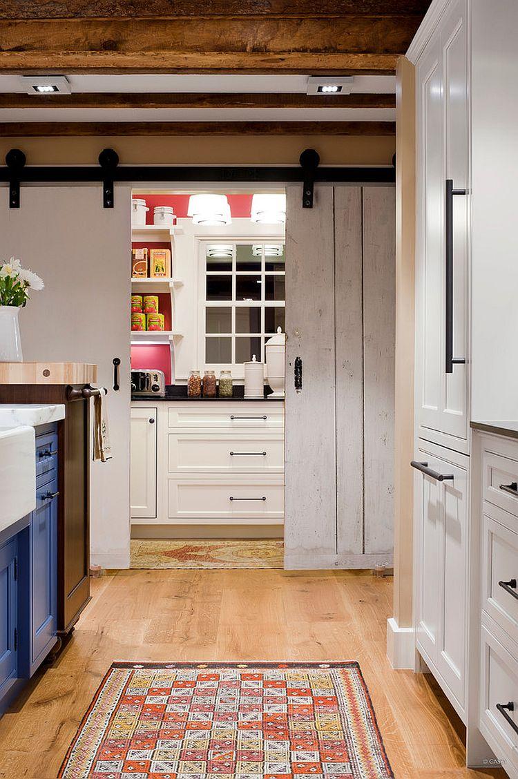 Деревянные раздвижные двери для кладовки на кухне - Фото 4